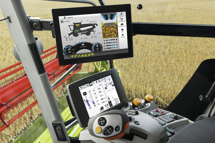 Tractor with Cebis Touch Interface